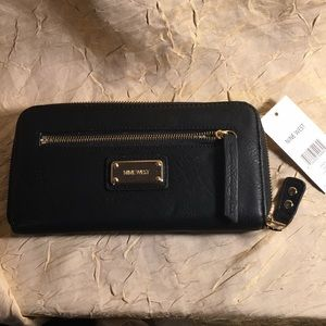 Nine West new black wallet